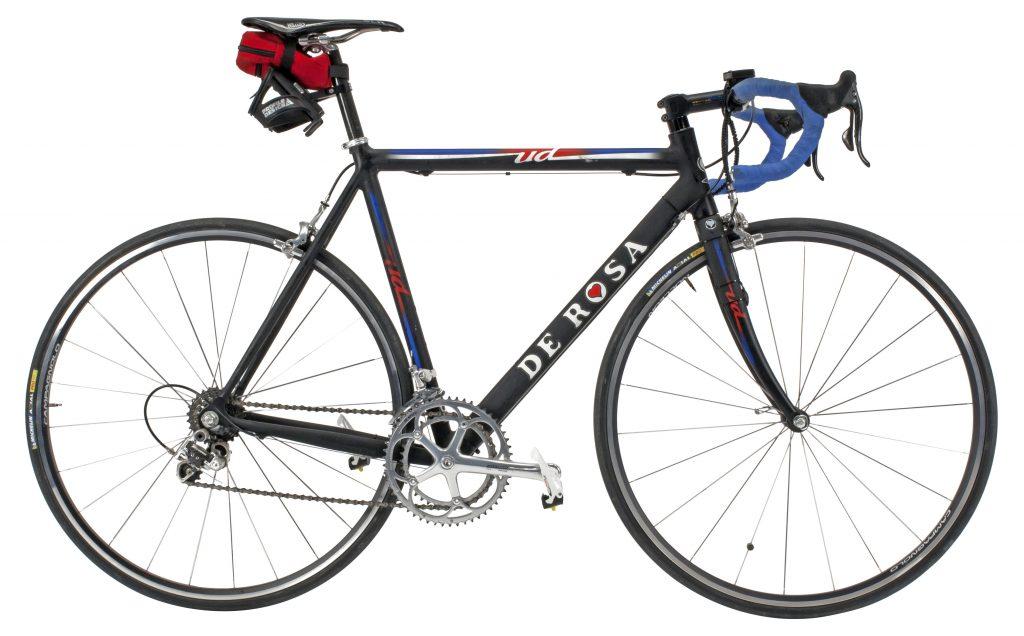 Colnago Ud, una bicicleta de aluminio superligera de 2001, que por cierto, era tan frágil que sólo se sugería para ciclistas muy ligeros